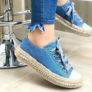 Women's Rhinestone Braided Strap Closed Toe Round Toe Denim Flat Heel Sneakers (147036241)