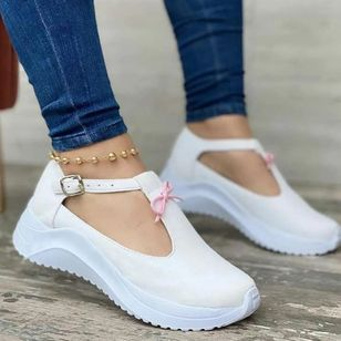 Women's Bowknot Buckle Closed Toe Round Toe Leatherette Nubuck Low Heel Sneakers (147512447)