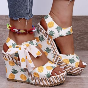 Women's Lace-up Flower Round Toe Fabric Wedge Heel Sandals (148011375)