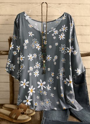 Plus Size Floral Casual Round Neckline Half Sleeve Blouses (4044159)