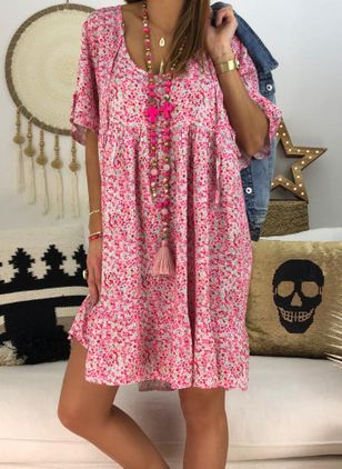 Plus Size Casual Floral Tunic Round Neckline Shift Dress (101987832)