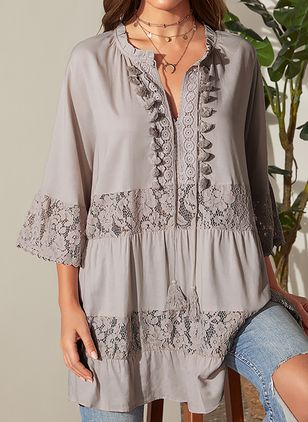 Plus Size Solid V-Neckline Casual Shift Blouses 3/4 Sleeves Plus Blouses (4045301)
