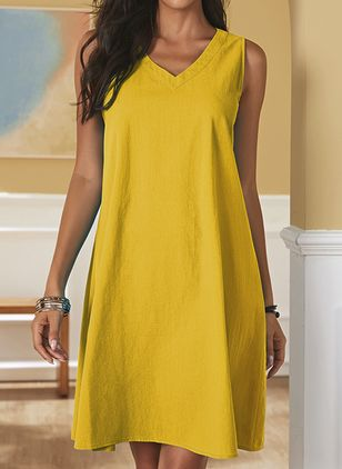 Casual Solid Tunic V-Neckline Shift Dress (106588017)