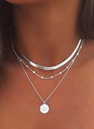 Casual Round No Stone Pendant Necklaces (1536990)